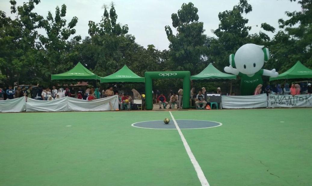 Featured Image of SMA NEGERI 2 PARE Dalam Acara Kompetisi Futsal Antar Sekolah Di Dukung Oleh OPPO Smartphone
